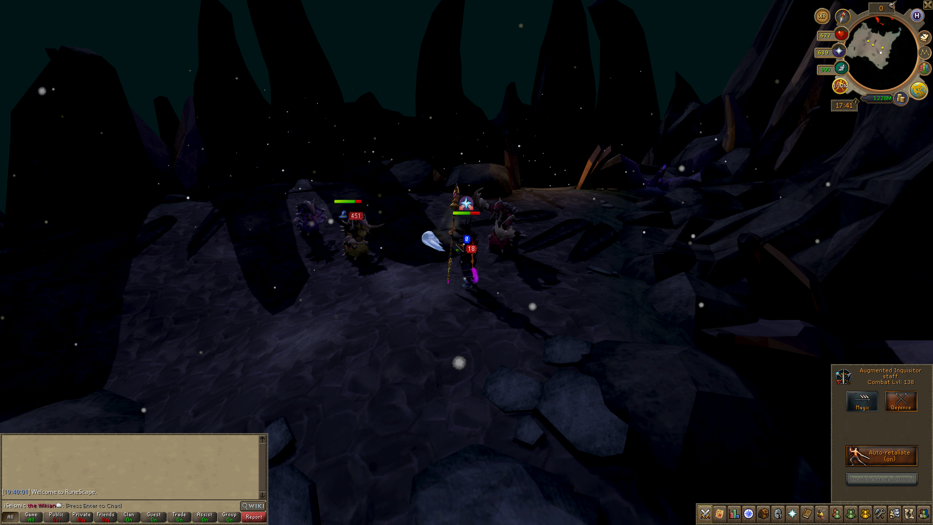 Player fighting in Legacy combat mode with the Legacy interface